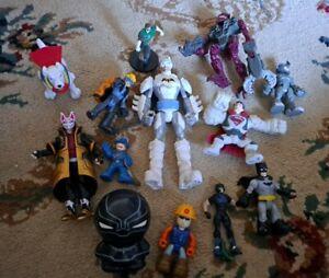 Lot of 13 Assorted Toys and Action Figures Batman SuperDog Superman