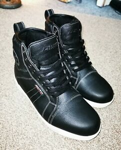 AKITO CITIZEN MOTORCYCLE BOOTS SIZE 8 BLACK