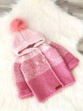 Baby jäckchen Strickjacke mit Kapuze Handmade Hand gestrickt Pink Babyjacke NEU