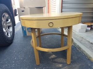 American of Martinsville round end table
