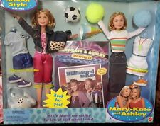 New MATTEL Mary Kate And Ashley 9 Inch Doll School Style Gift Set