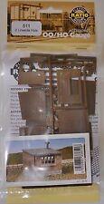 Ratio 511. Lineside Huts - Plastic Kit (OO)
