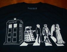 DOCTOR WHO  CHARACTERS PHONE BOOTH BOX BBC T-Shirt XL NEW