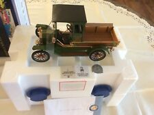 Franklin Mint 2008 FORD MODEL T CHRISTMAS TRUCK Scale 1:16