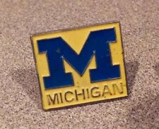 Michigan Wolverines lapel pin pre-owned