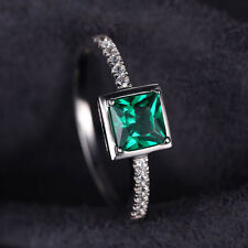 0.9ct 7mm Stunning Nano Russian Emerald Pure Sterling Silver Ring Size 6