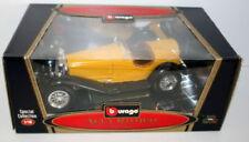 Modellini statici di auto, furgoni e camion Burago per Alfa Romeo scala 1:8