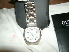 Orologio da uomo GUESS, mai indossato, ha bisogno di batterie nuove