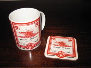 Arsenal Football Programme Collectors Mug Coaster Gift Set