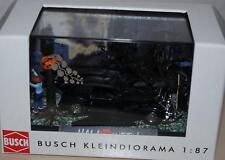 Busch Mini Scene Halloween X Mercedes Cabrio mit Figuren 1:87 HO H0 NEU