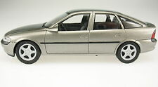 Schuco-Opel Vectra B Lim. - Pubblicità-OVP - 1:43 - MODELLO DI AUTO-IN BOX