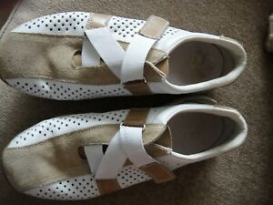 Reiker  Ladies Shoes size 4 flat  style trainer.