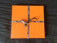 Boite foulard Carré Hermès, Scarf Box neuve avec Ruban et papier de Soie offert