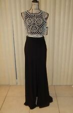 XSCAPE NWT $239 BLACK EMBELLISH TOP 2 PIECE SET PROM OR FORMAL LONG GOWN SIZE 0