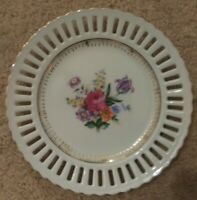 Vintage Made In Japan Porcelain Plate Floral Reticulated Edge Gold Trim 7.25""
