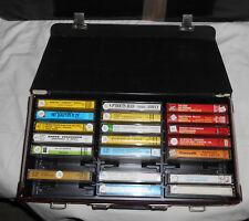 Mallette contenant 20 cassettes audio, musique classique (Mozart etc) + variétés