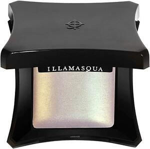 Illamasqua Beyond Powder Highlighter, Glowy, Buildable, Makeup, Beauty, Deity