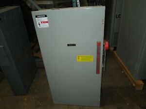Siemens NF324DTK 200A 3P 240VAC Double Throw Not Fusible Manual Transfer Switch