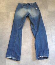 Levi's Trenzado/Ingeniería Jeans Tamaño 30 X 34 un bolsillo trasero desgaste Dobladillo todavía en muy buena condición