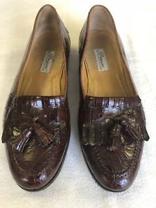 Bragamo Cole Haan Size 9 M Brown Crocodile.