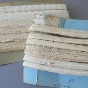 """Lot Vintage Creamy French Valenciennes LACE Trims 3/8""""-3/4"""" W 100+ Yards * DOLLS"""
