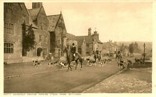 BROADWAY (Worcestershire) :North Cotswold Hounds passing Lygon Arms -RUSSELL