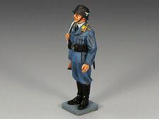 King & Country - Standing Airman with Rifle LW013 World War II WWII Luftwaffe