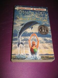 A Ring of Endless Light - Madeleine L'Engle - Paperback Acceptable Softcover PB