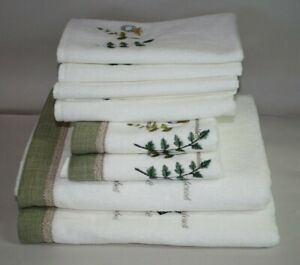 Avanti Botany Eight Piece Embroidered Towel Set Leaves Words & Gold Bee New
