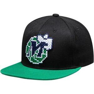 MITCHELL & NESS DALLAS MAVERICKS VINTAGE 8 BIT SNAPBACK BLACK/GREEN CAP LOGO HAT