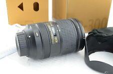Nikon AF-S NIKKOR 18-300mm f/3, 5-5,6 G ED DX VR, ben