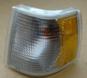 OEM 1994 1995 1996 1997 Volvo 850 LEFT HAND Driver Side Corner Signal Light