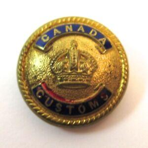 Vinage Canada Custom's Button