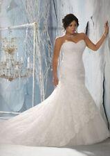 Lace Plus Size Sleeveless Tulle Wedding Dresses