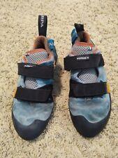 Womens Scarpa Force V Climbing Shoes size 39.5 eu, size 8 Us