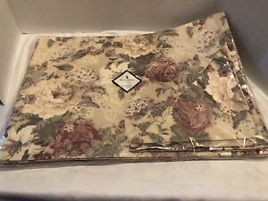 ROSE HILL PATTERN-Waterford SEALED  4 Placemats/Napkins-Formal Dining Dinner-NIP