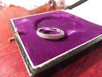 Wundervoller 925 Silber Ring Zirkonia Pavee Halb Memoire Sterling Elegant Edel
