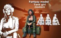 1/16 Resin Figure Model Kit Soviet Army Sexy Girl Tank WWII Unassemble Unpainted