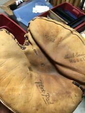 Vintage Baseball Glove Catchers Mitt Hank Gowdy D & M Model