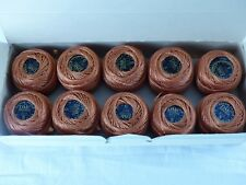 DMC boite 10 pelotes de 10 grammes COTON PERLE 5 N° 922 brun marron ,art 116