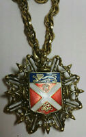 Vintage Coat of Arms UK Pendant Brooch Gold Chain Necklace