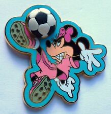 Disney *3D* Pin Badge Sports Series (Minnie Soccer) Free D