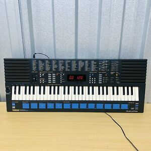 Yamaha PSS 680 Keyboard Music Station Midi FM Digital Synthesizer *VGC* 61 Keys