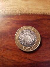 2012 £ 2 moneda de dos libras de tecnología de pie sobre los hombros de los Gigantes