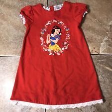 EUC Disney Store Snow White Red eyelet Dress Girls Size 5/6 Casual embroidered