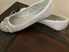 Guess Women Flats Shoes White Color Size 9 Brand New