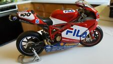 Diecast DUCATI 999 Neil Hodsgon FILA 100 Superbike Replica & Collector's Model!