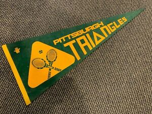 1973 PITTSBURGH TRIANGLES FULL SIZE RARE WORLD TEAM TENNIS PENNANT NM RARE