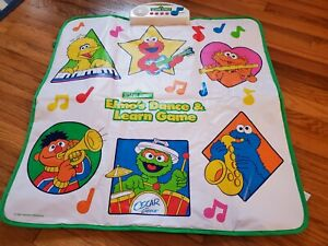 Vintage 2001 Sesame Street Elmo's Dance and Learn Game Electronic Musical Mat