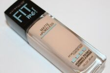 Maybelline Fit Me Matte Poreless 120 Classic Ivory Normal Oily Foundation Makeup